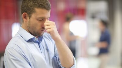 چگونه با ترک شغل همکار خود کنار بیاییم؟ | تکنا