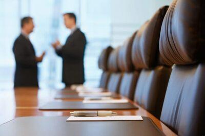 نحوه توصیخ درباره شغل قبلی در مصاحبه های استخدامی | رزمه پرو